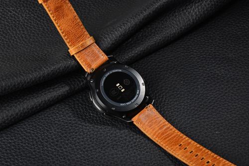 环球体育下载ios名表维修_卡地亚手表的表带的保养!