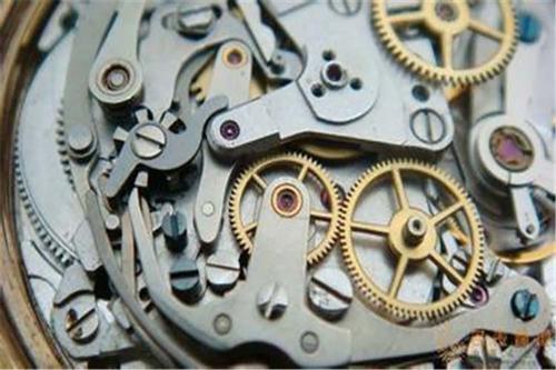 机械表每天走慢一点怎么回事呢?