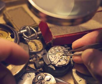 手表后盖怎么打开 开手表后盖的方法